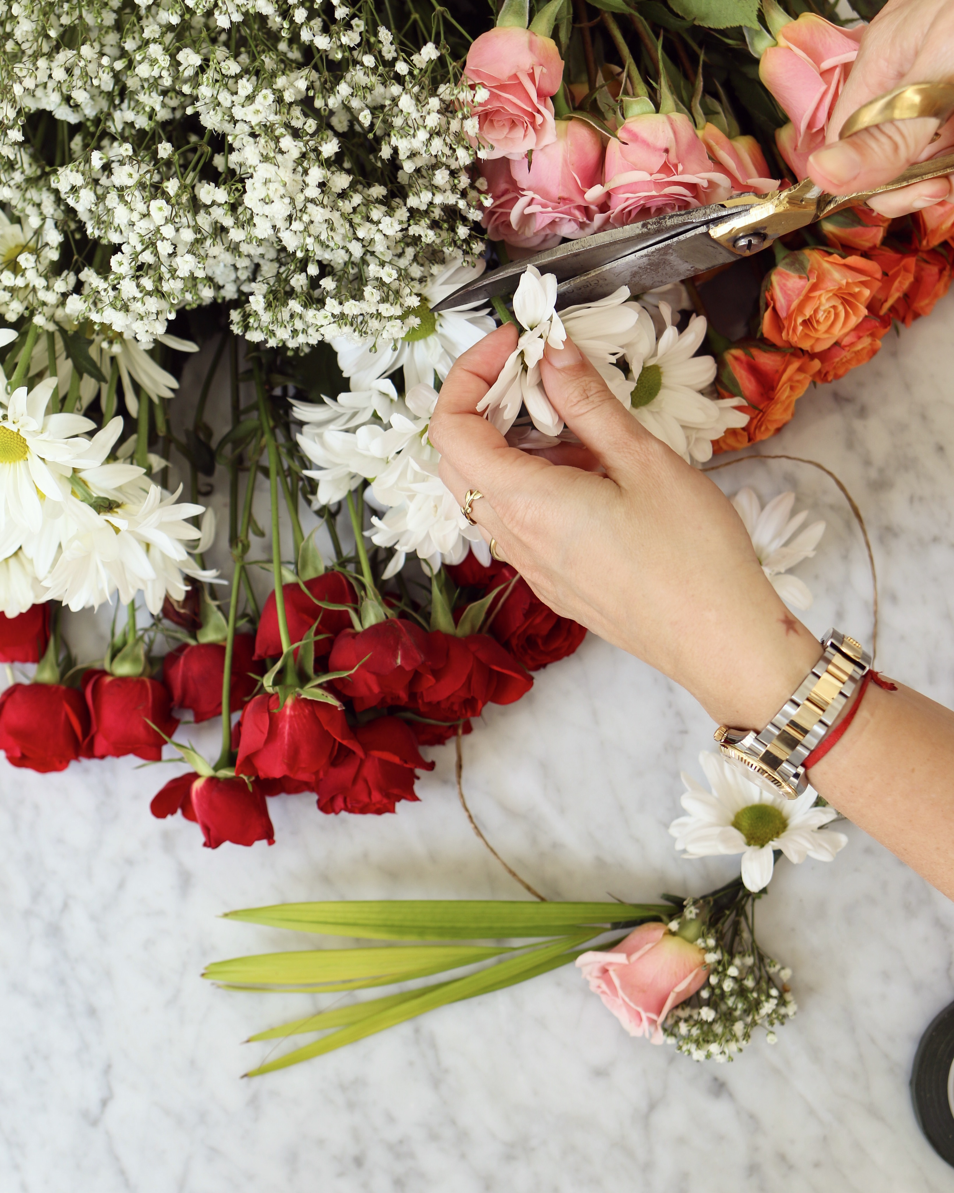 Beach House DIY: How To Make A Fresh Flower Crown