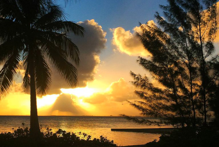 LET THE SUNRISE INSPIRE YOU – QUOTES ON THE BEAUTIFUL BREAKING DAWN