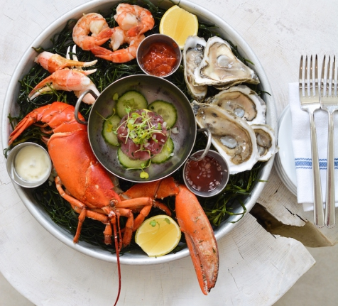 SEAFOOD PLATTER FROM THE RAW BAR